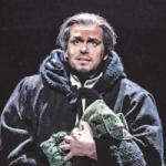 Felix Martin als Erzdiakon Claude Frollo